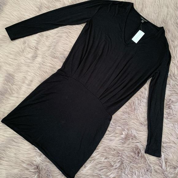 BANANA REPUBLIC | NWT Jersey Long Sleeve Dress